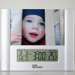 Temp Minder LCD Clock Thermometer & Photo